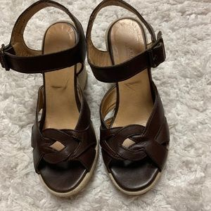 APC LEATHER AND SUEDE WEDGE SANDALS